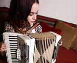 učenje in igranje klavirske harmonike