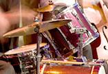 učenje in igranje bobnov