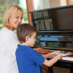 učenje igranje klavirja za začetnike