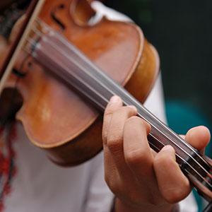 učenje igranja violine