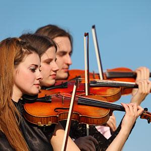 učenje in igranje violine na daljavo doma