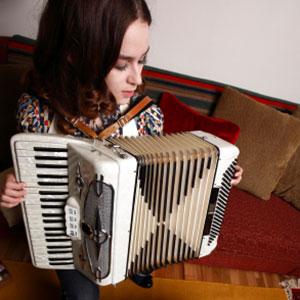 učenje igranje harmonike po notah